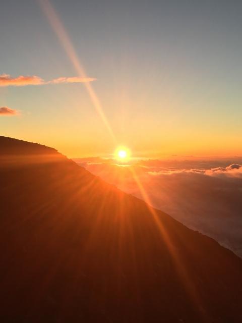 日の出 sunrise